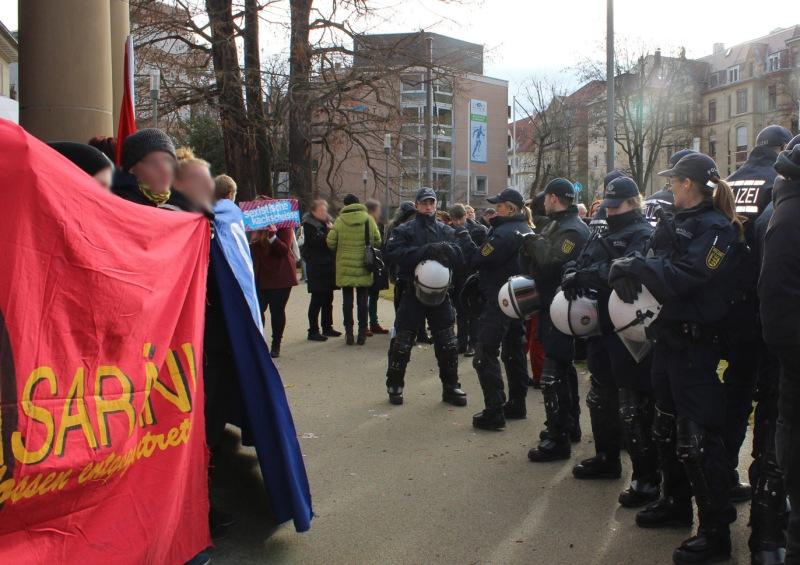 polizei hilft blockieren